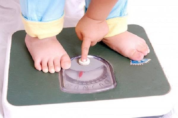 trẻ hay ốm vặt, nhẹ cân, hệ tiêu hóa hấp thu kém