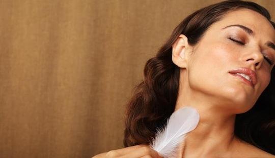 10 vùng nhạy cảm của phụ nữ